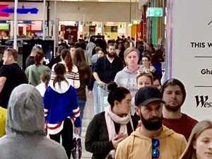 Huge crowds ignore social distancing