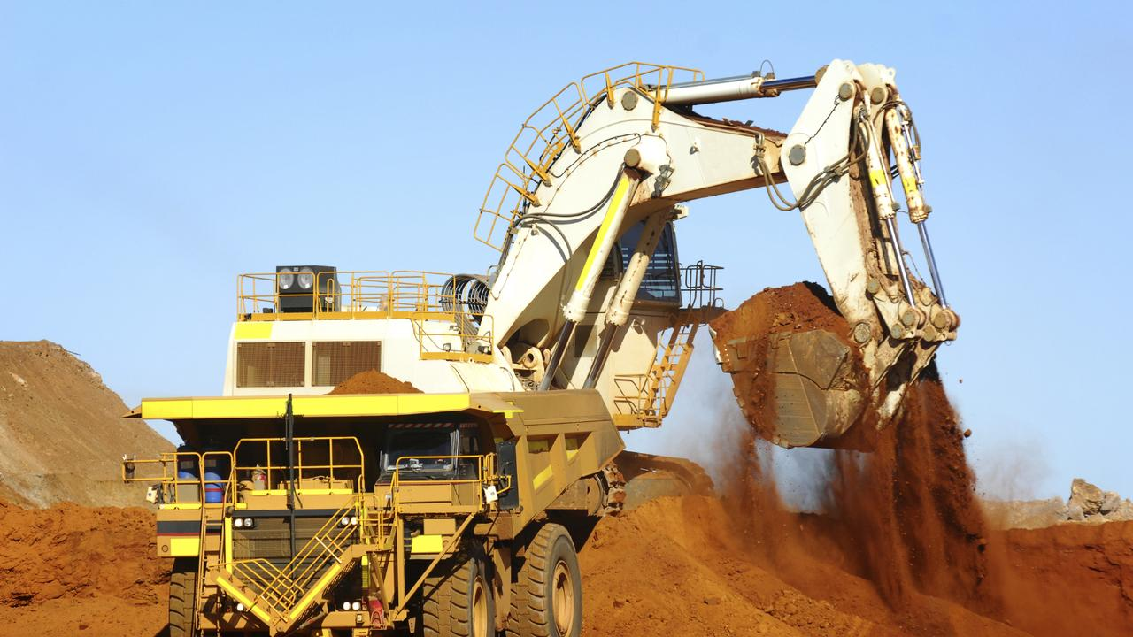 A new report suggests using Australian iron ore and hydrogen to manufacture steel onshore.