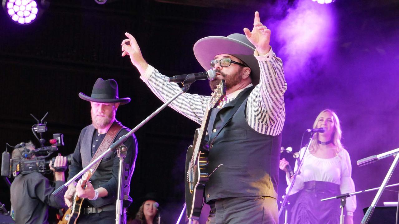 The loss of this year's Gympie Muster, and the drawcard it brings thanks to talent like INXS guitarist, Andrew Farriss, will hurt the region's economy to the tune of $7 million.