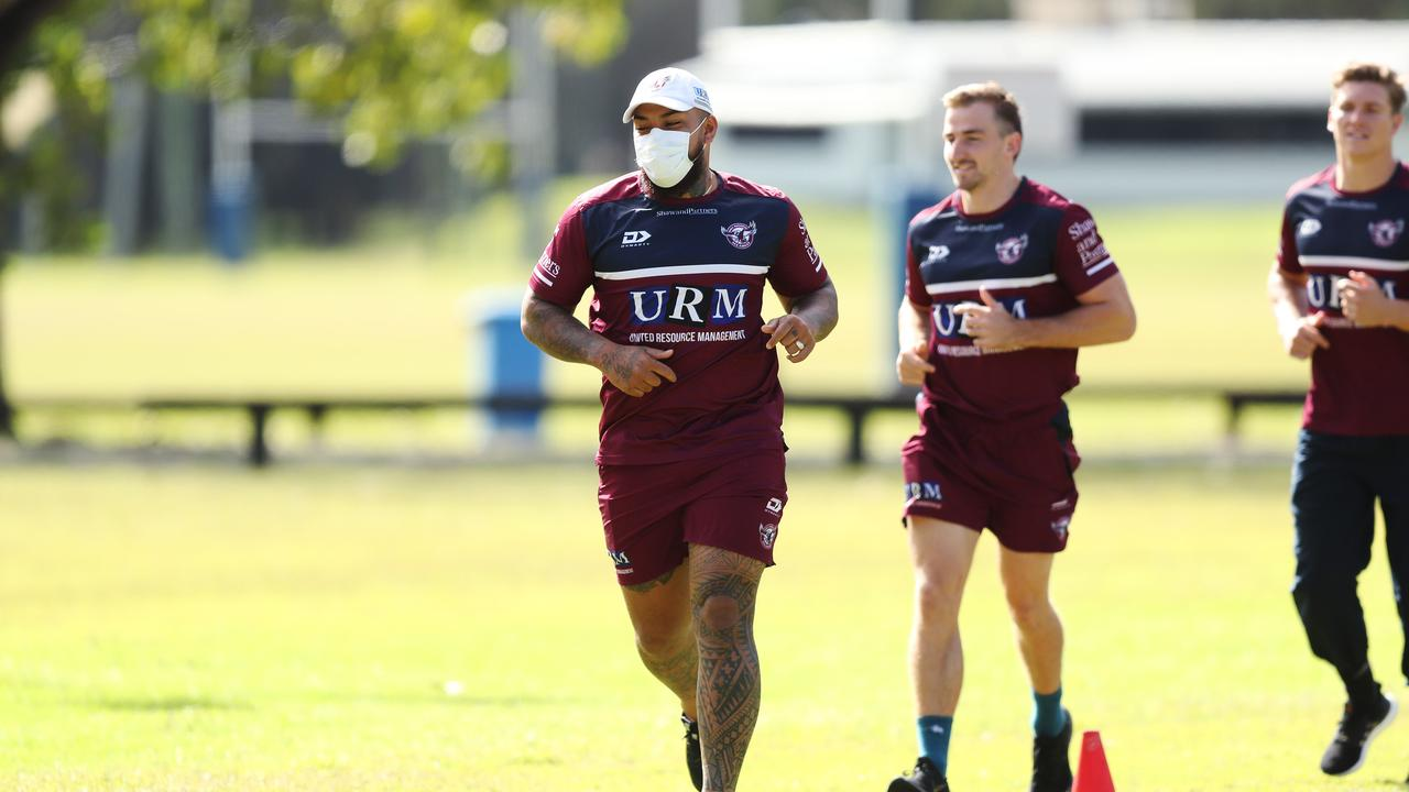 Manly's Addin Fonua-Blake wore a face mask during training before the NR shutdown. Picture: Brett Costello.