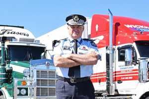 Queensland Police Assistant Commissioner Mike Condon praised truckies efforts.