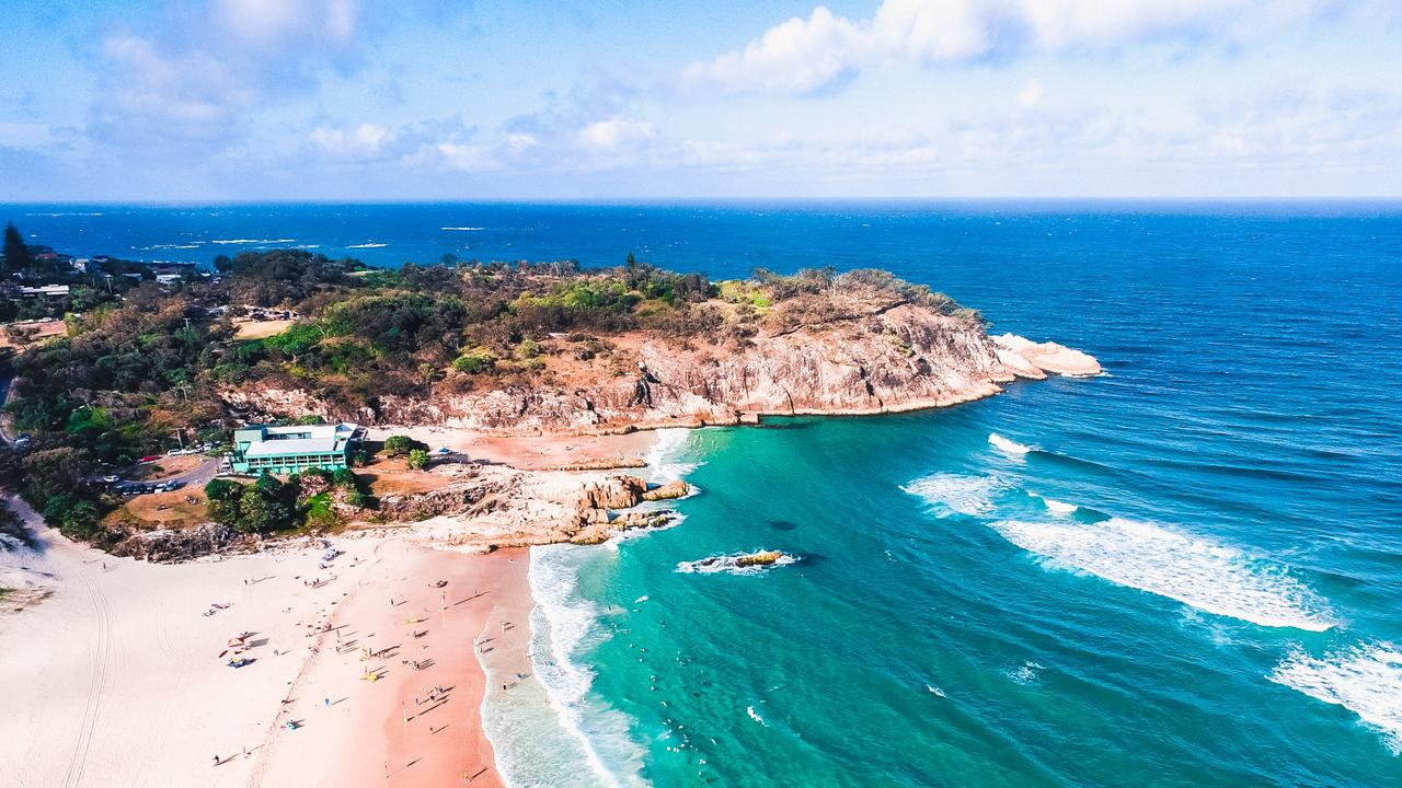 Queensland's island paradises will open to the public from midnight, with Fraser, Moreton and North Stradbroke Islands set to welcome day trippers.