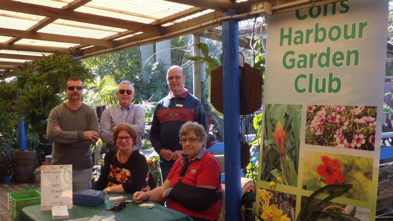 Members of the Coffs Harbour Garden Club before the lockdown.