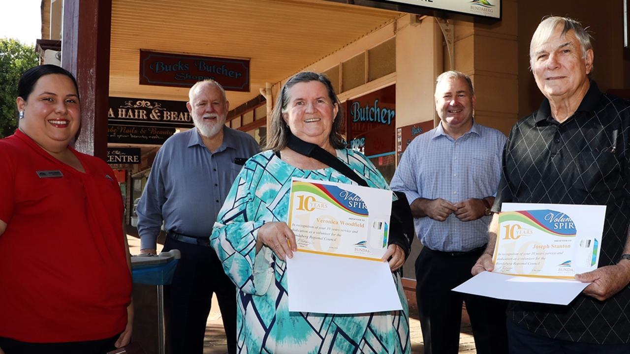 Cr Bill Trevor, Mayor Jack Dempsey, Sandra Cappetta with volunteers Veronica Woodfield and Joseph Stanton