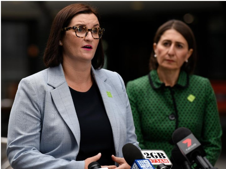 Education Minister Sarah Mitchell (left) and Premier Gladys Berejiklian said NSW schools will return to full-time face-to-face teaching from Monday. Picture: Bianca De Marchi/AAP