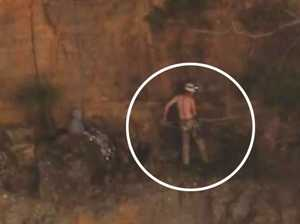 Man left clinging to cliff face after Blue Mountains fall