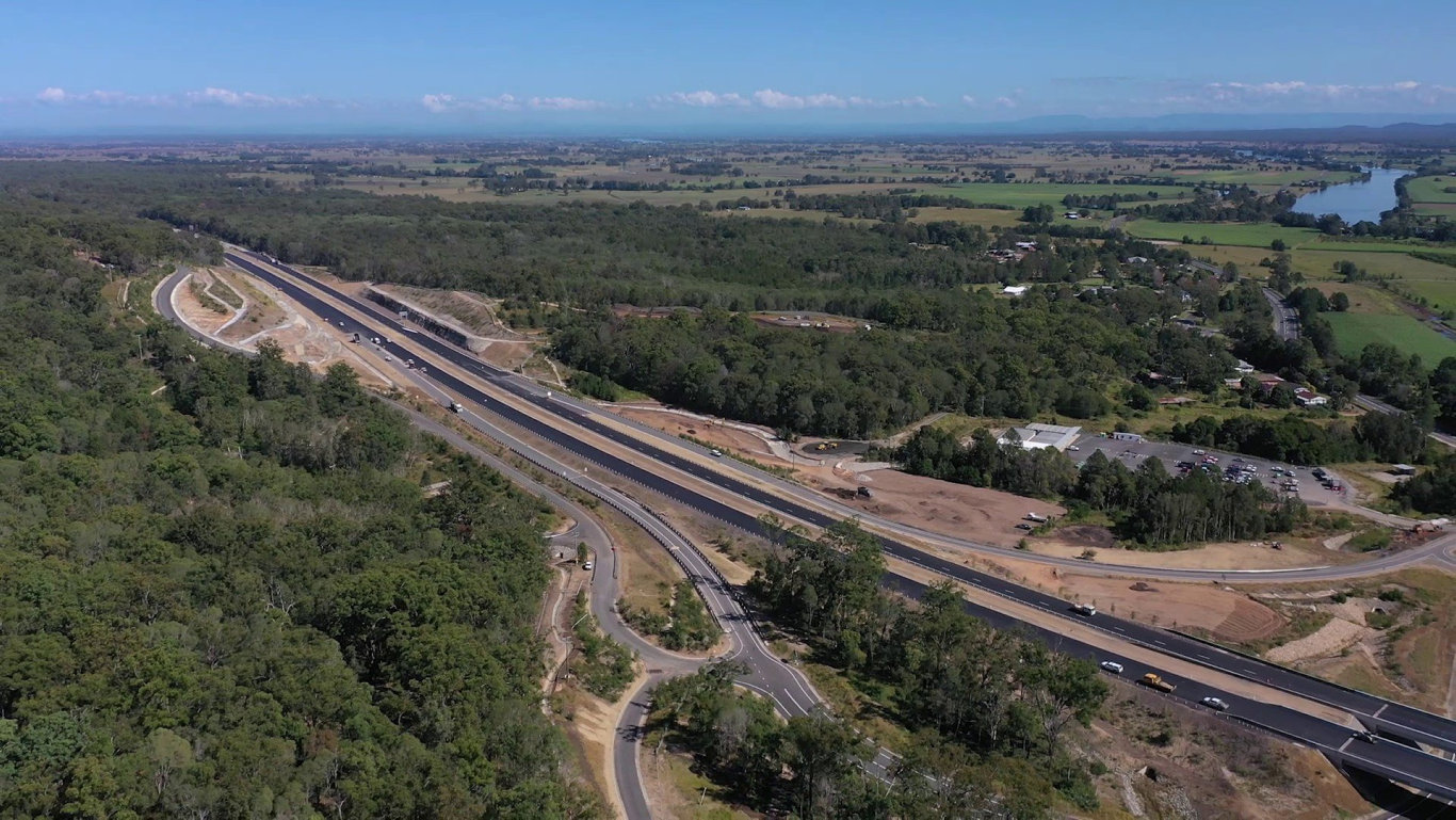 The 36km section of the Pacific Highway upgrade between Glenugie and Tyndale is now complete and open to traffic.
