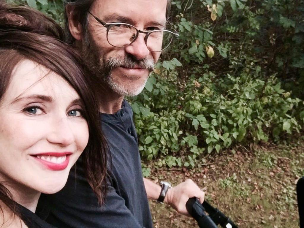 Guy Pearce and Carice van Houten with their son, Monte. Picture: Twitter/Guy Pearce