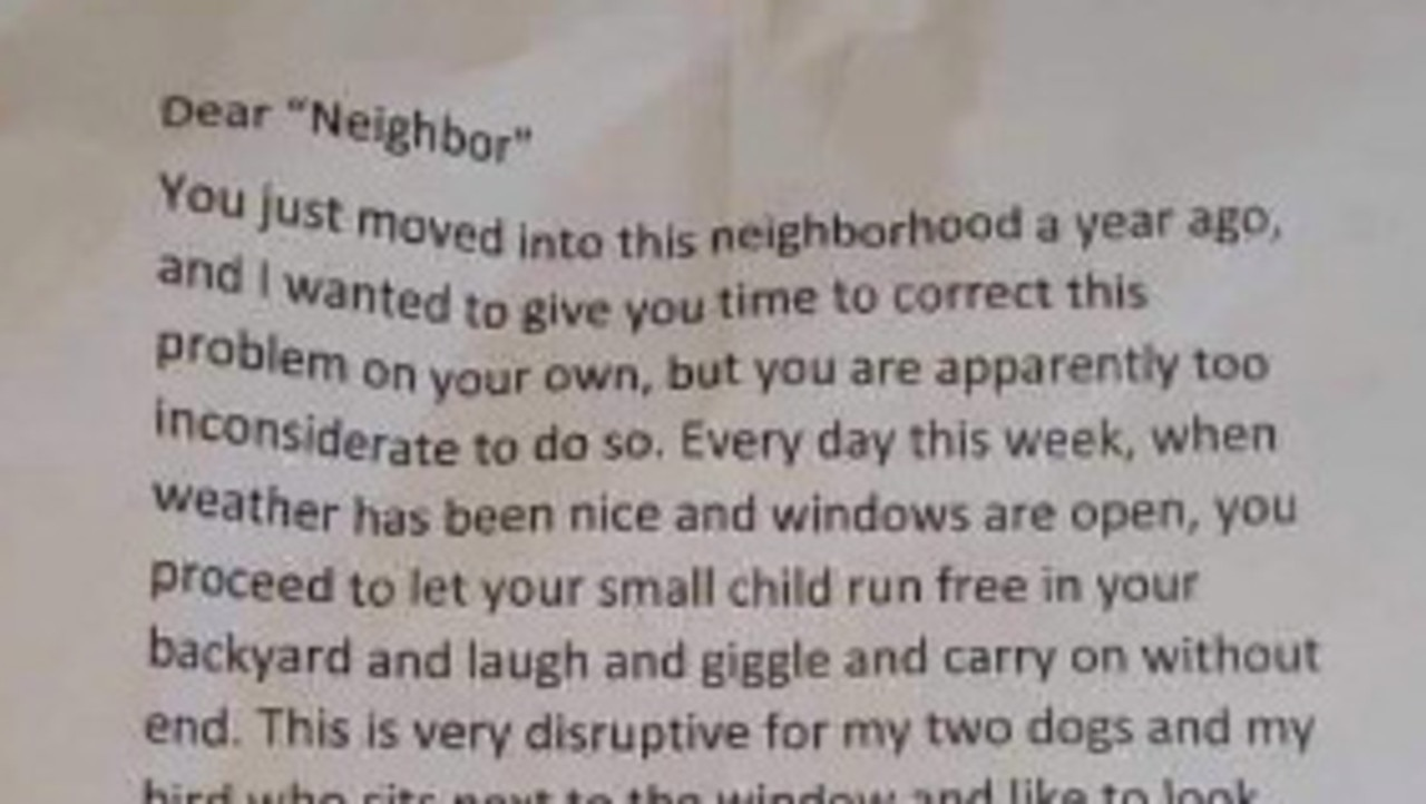 Neighbour leaves mum letter about how long she should let her child play outside. Picture: Twitter/ HinemanBobbie