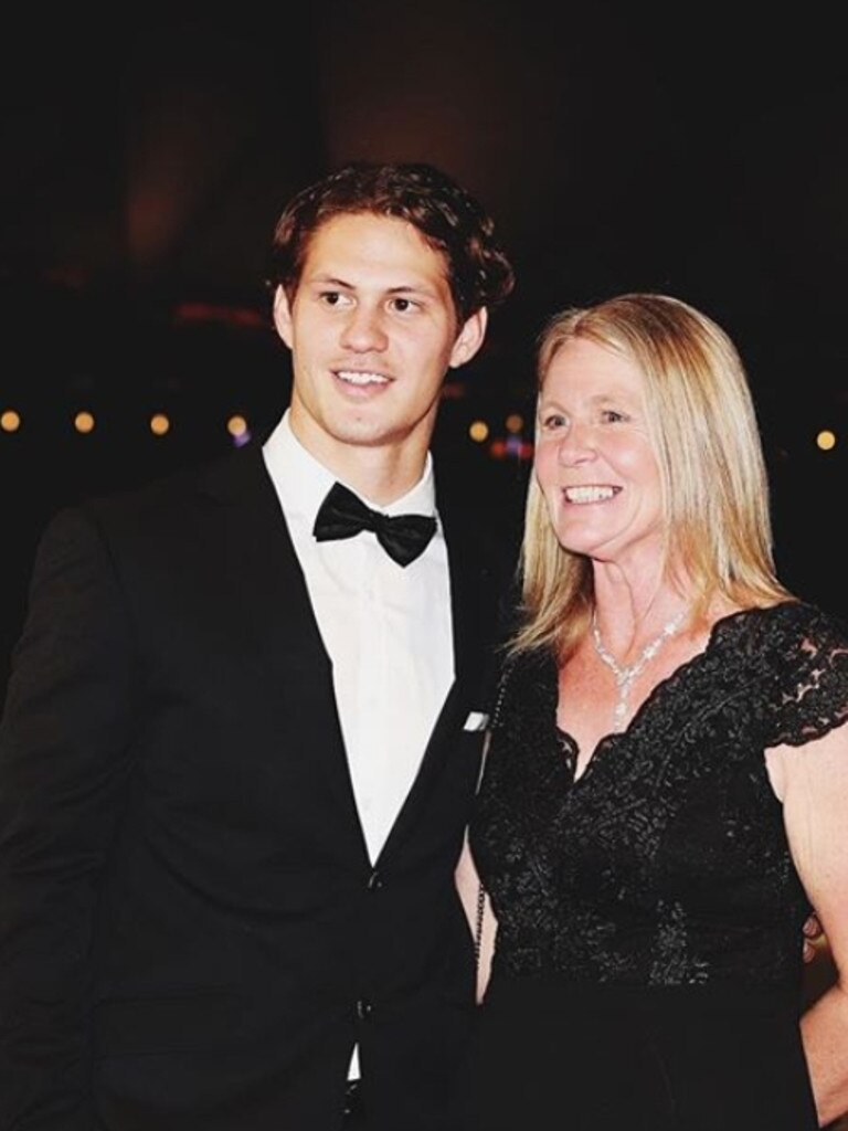 Newcastle Knights player Kalyn Ponga with his mum Adine for Mother's Day.
