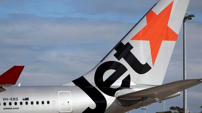 Qantas, Jetstar domestic flights resume as restrictions ease
