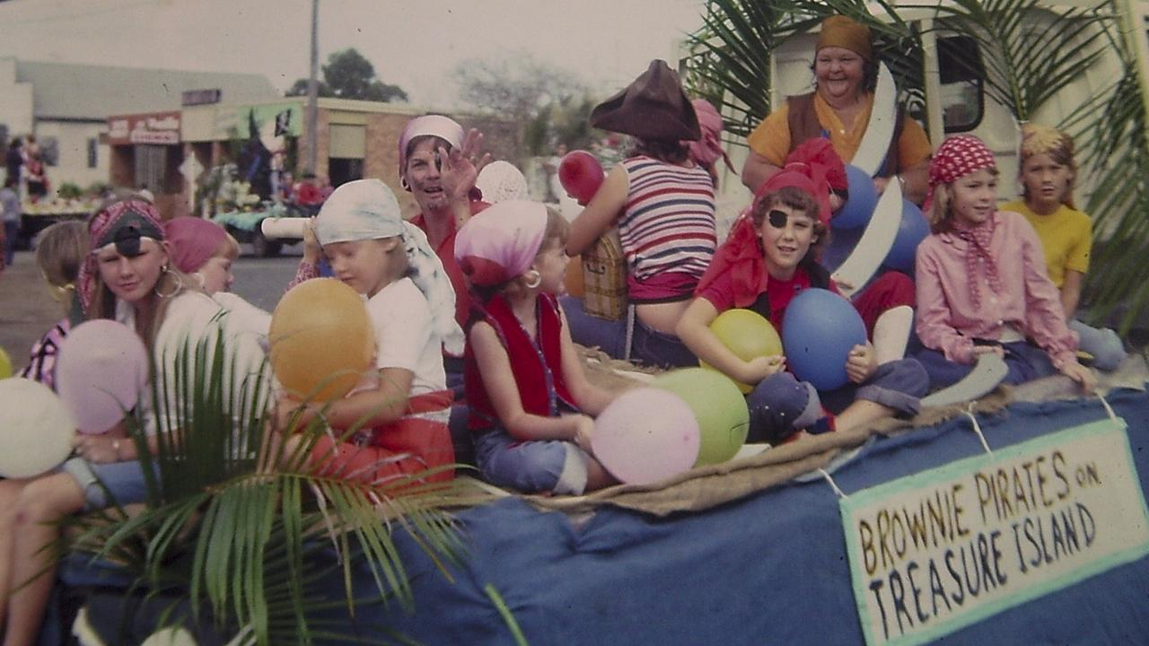 Children and their teachers joined the festivities in 1971 at the Sarina mardi gras.