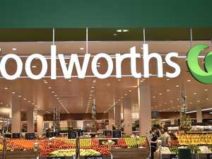 'FULL FRONTAL': Man exposes himself to supermarket worker