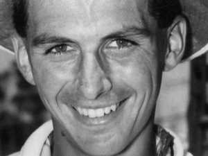 Tennis world mourns loss of Aussie legend