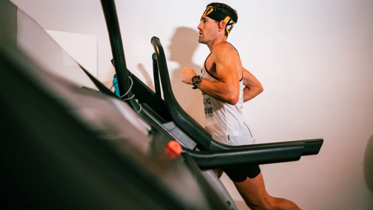 Zach Bitter took quarantine life to insane levels, jacking his treadmill up to an impressive speed and holding it for 160km.