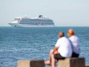 Whitsundays won't welcome cruises until September