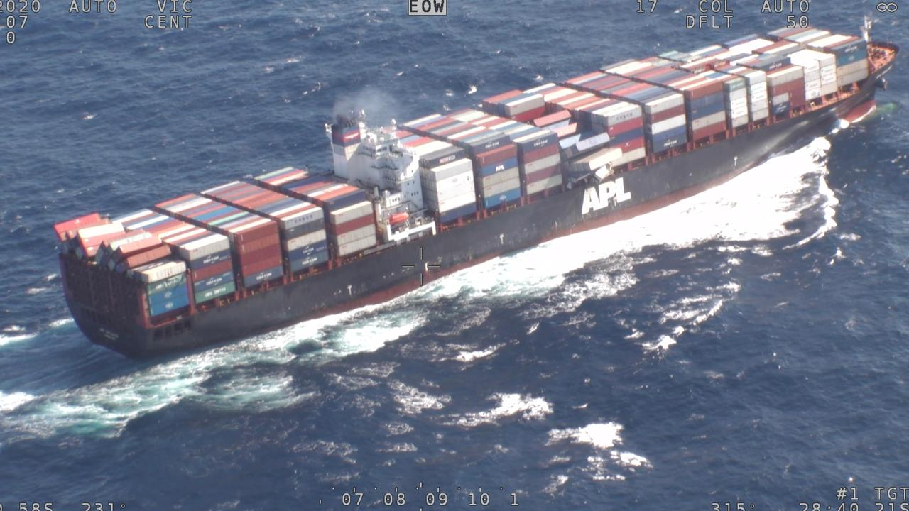 A screenshot of the APL England Container ship losing shipping containers overboard off the New South Wales mid north coast during wild seas. Source: The Australian Maritime Safety Authority (AMSA)