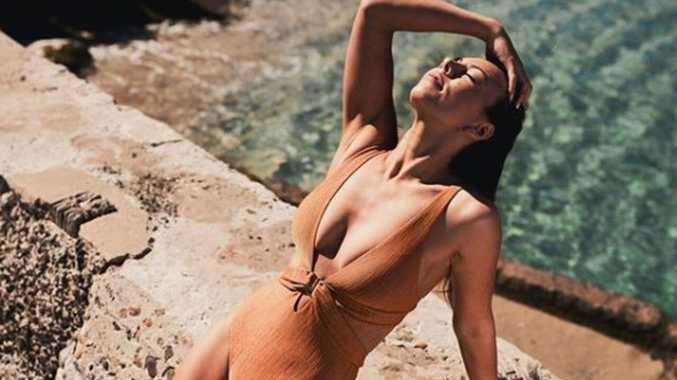 Surprise collapse of Aussie fashion giant