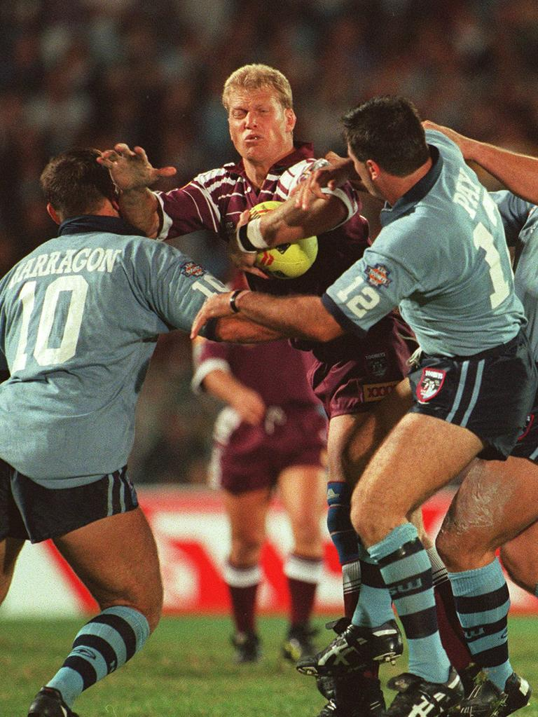 20/05/1996 PIRATE: State of Origin Qld vs NSW at Suncorp Stadium Gary Larson in attack against Paul Harragon and Dean Pay 20 May 1996 Sport rugby league action.