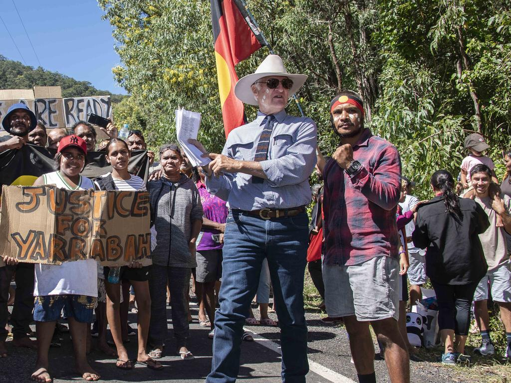 Bob Katter has called for indigenous communities to be reopened. Picture: Brian Cassey