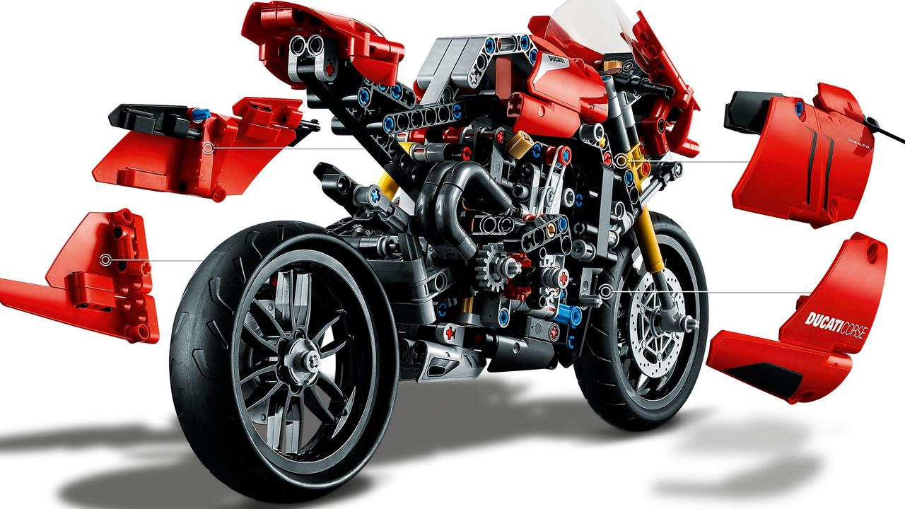 The Ducati Panigale V4R Lego kit packs a lot of features into a small space.