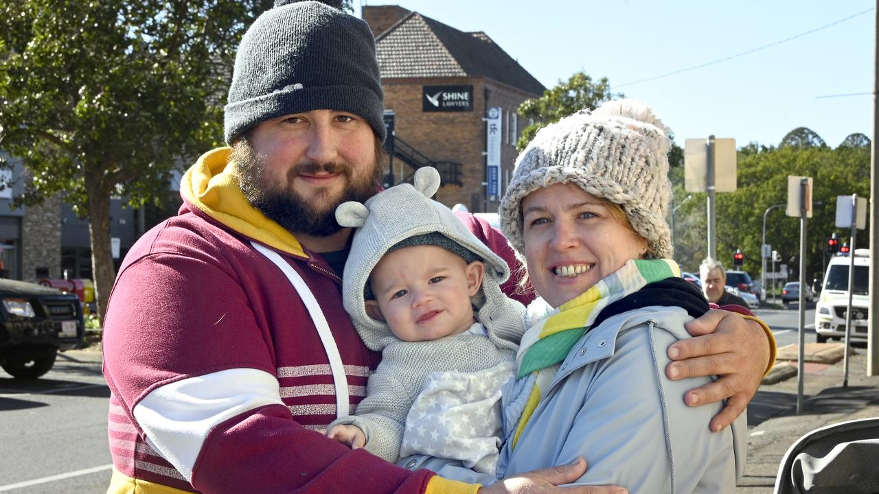 BRAVING THE COLD: Tim and Gillian Ross rugged up to take their son Arthur on a morning walk this morning. Photo Bev Lacey