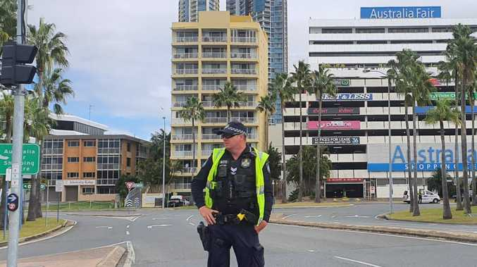 'Suspicious device' found near QLD shopping centre