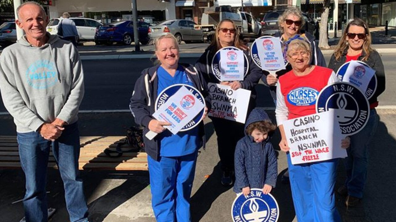 The NSW Nurses and Midwives Association protested outside Casino Post Office against the state government's wage freeze and were joined by mayor Robert Mustow.