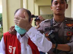 Aussie jailed for child sex abuse in Java