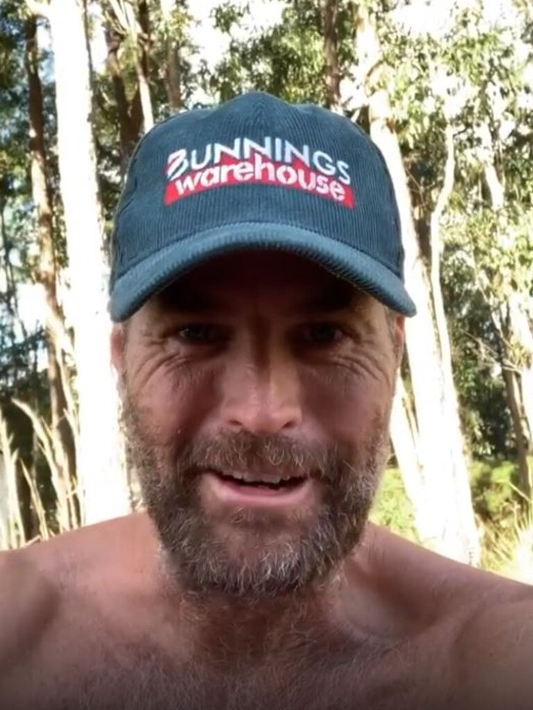 Pete Evans didn't want anyone to pay any attention to his Bunnings hat during a new video shared online. Picture: Instagram / Pete Evans