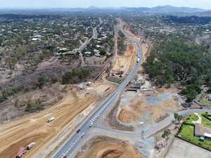 'Rivers of roads': Premier in town to spruik $1.4B in works