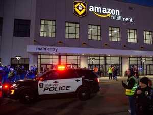 Amazon blocks tech from cops