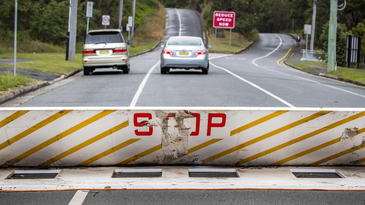 Aussies in two towns say they their communities are being torn apart and suffering major downturns because of a controversial border closure.