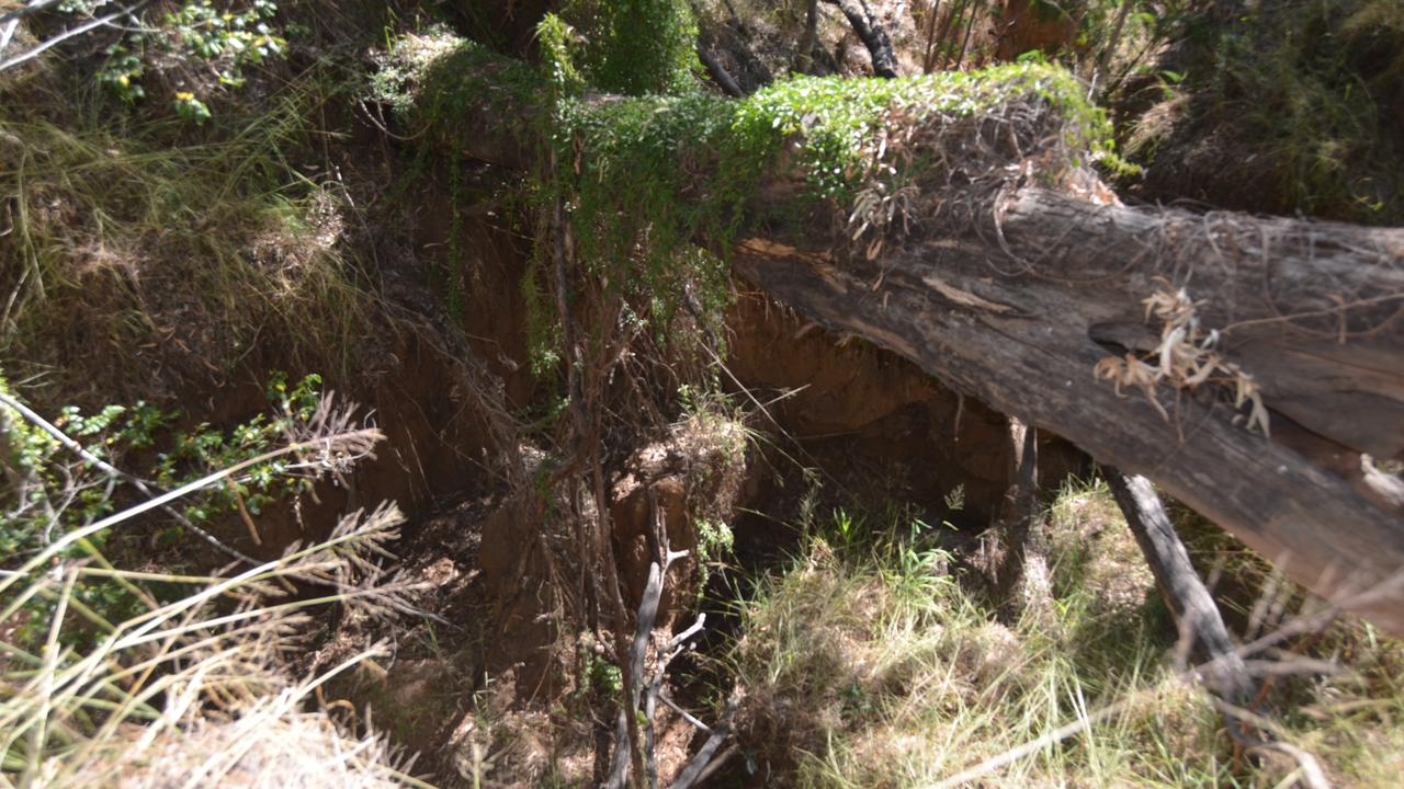 The sinkhole behind Zonhoven Park in Gayndah, caused by the 2010 and 2013 floods. Picture: Sam Turner