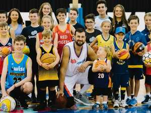 Young basketballers can design a jersey for former NBA star