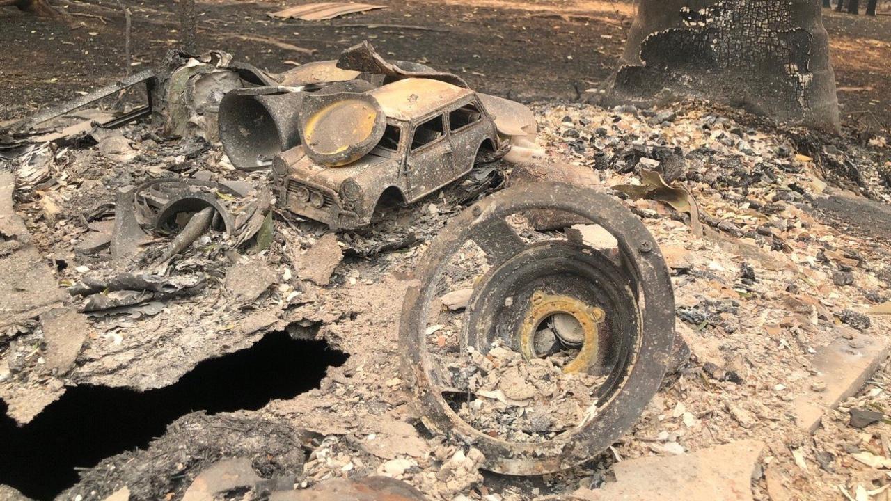 Destruction at Nana Glen from the Liberation Trail bushfire.