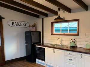 Old dairy transformed into cottage