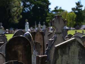 Break in at the Chinchilla cemetery
