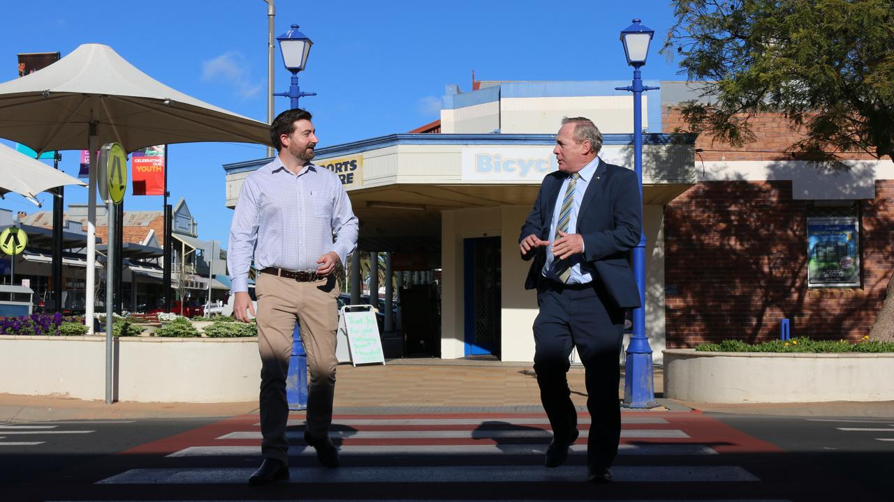 CONTINUED SUPPORT: Western Downs Regional Council will extend their business consultation sessions. FROM LEFT: Daniel Bartkowski and Paul McVeigh.