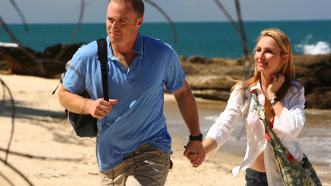 Actors Ditch Davey and Lisa McCune in Sea Patrol.