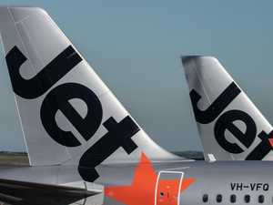 Qantas and Jetstar break sales records as Aussies snap up 70,000 fares in five hours