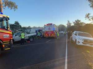 Man seriously injured, road blocked as car crashes into tree
