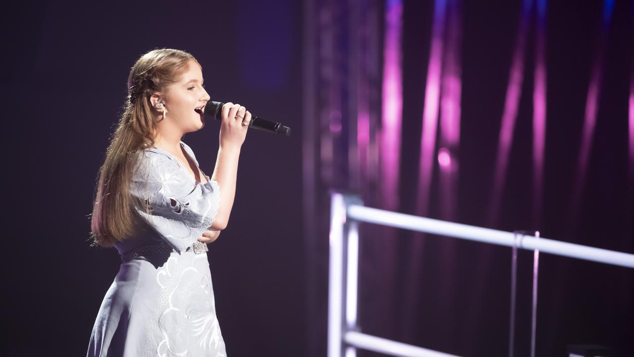 Roma's Maddy Thomas battled it out with teammate Claudia Harrison on The Voice.