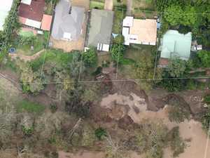 Giant sinkhole threatens to swallow Queensland homes