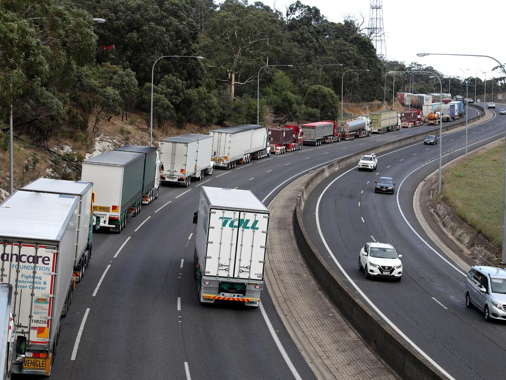 A freight link upgrade will help ease congestion on the South Eastern Freeway. Picture: AAP