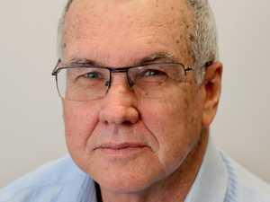 Former journalists take a walk down memory lane