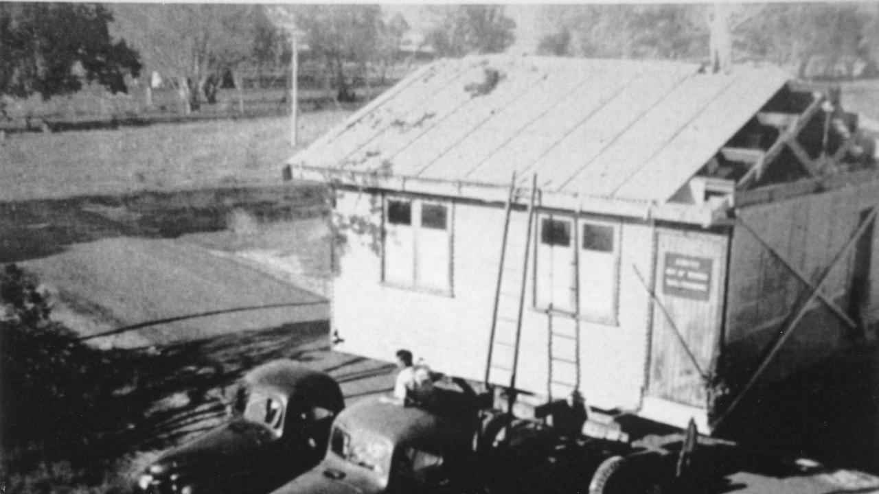 RAAF Maryborough building being relocated.