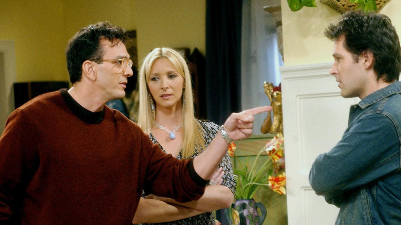 Hank Azaria, Lisa Kudrow and Paul Rudd in Friends.