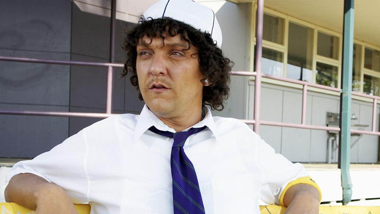 Chris Lilley as Jonah.