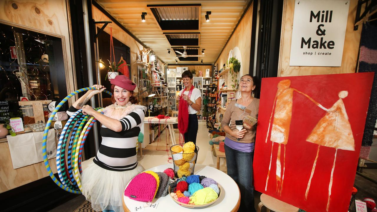 Talulah Rae, Nikki Shipard and Arna Boartz get ready for the Murwillumbah Arts Trail in previous years.
